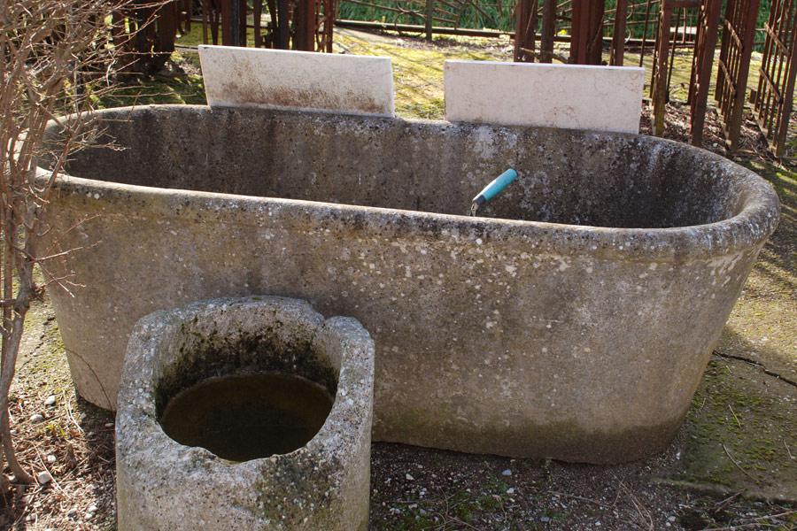 Vasca Giardino Pietra : Arredo giardino antichità vasi antichi di marmo e pietra